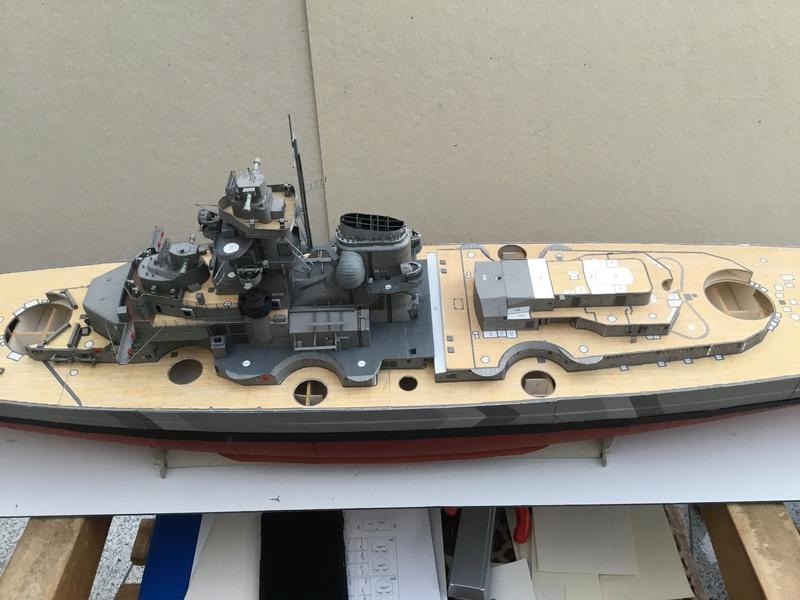 DKM Bismarck, 1 : 200 von Halinski, gebaut von gez10x11 - Seite 2 Img_1311
