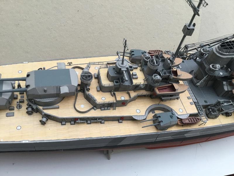 DKM Bismarck, 1 : 200 von Halinski, gebaut von gez10x11 - Seite 4 Img_1350