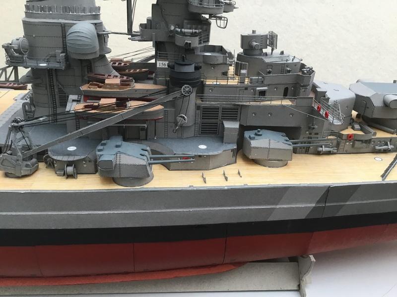 DKM Bismarck, 1 : 200 von Halinski, gebaut von gez10x11 - Seite 4 Img_1351
