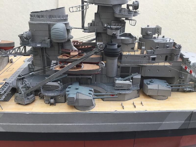 DKM Bismarck, 1 : 200 von Halinski, gebaut von gez10x11 - Seite 4 Img_1355