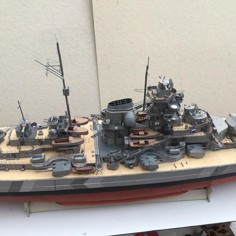 DKM Bismarck, 1 : 200 von Halinski, gebaut von gez10x11 - Seite 4 Img_1357