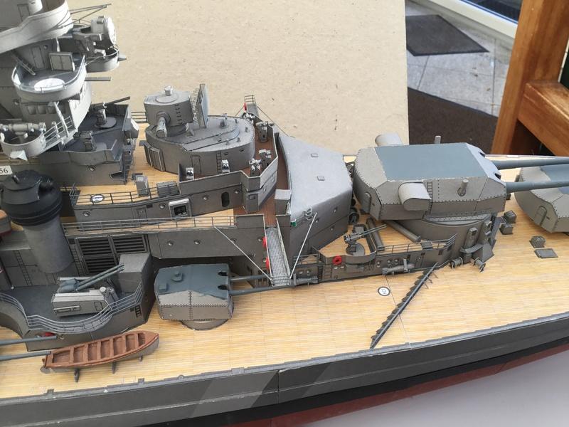 DKM Bismarck, 1 : 200 von Halinski, gebaut von gez10x11 - Seite 4 Img_1361