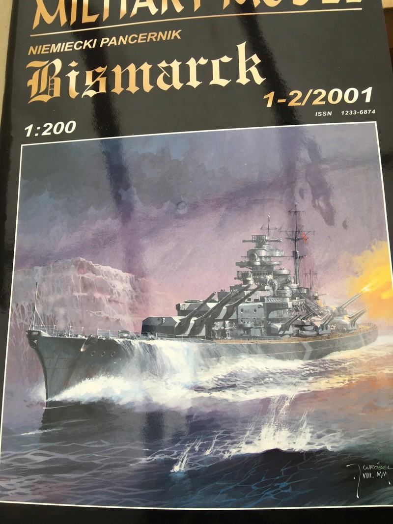 DKM Bismarck, 1 : 200 von Halinski, gebaut von gez10x11 Img_3134