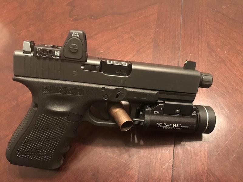 Votre pistolet pour le CQB 1a2f4310