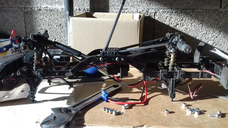 Conversion de mon ECX d'empattement 25cm en un jeep wrangler 5p d'empattement 31cm 20171014