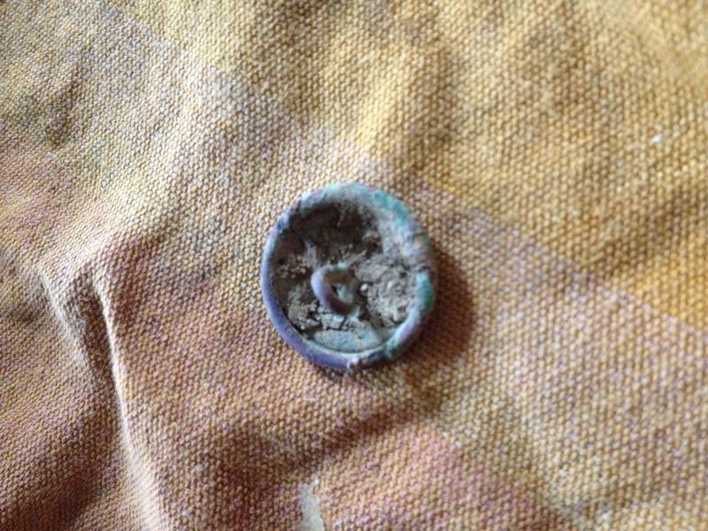 Un bouton avec une ancre  Img_1516