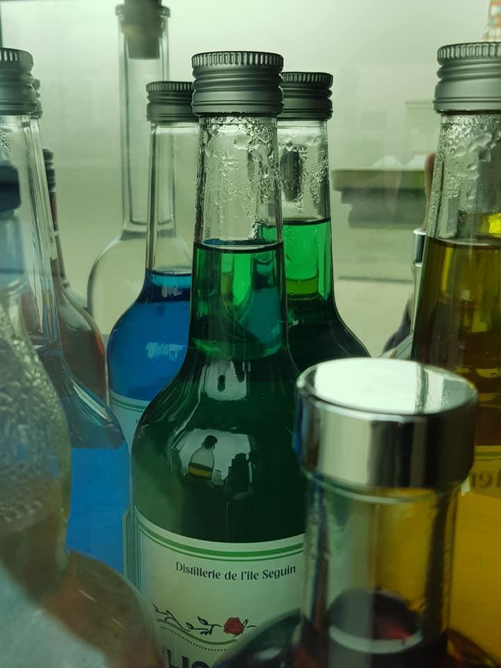 New Rose Cocktail Bar 29595510