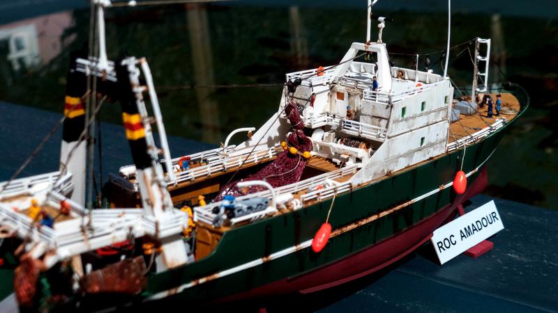 Bonne pêche pour le ROC AMADOUR (1:200) 00113