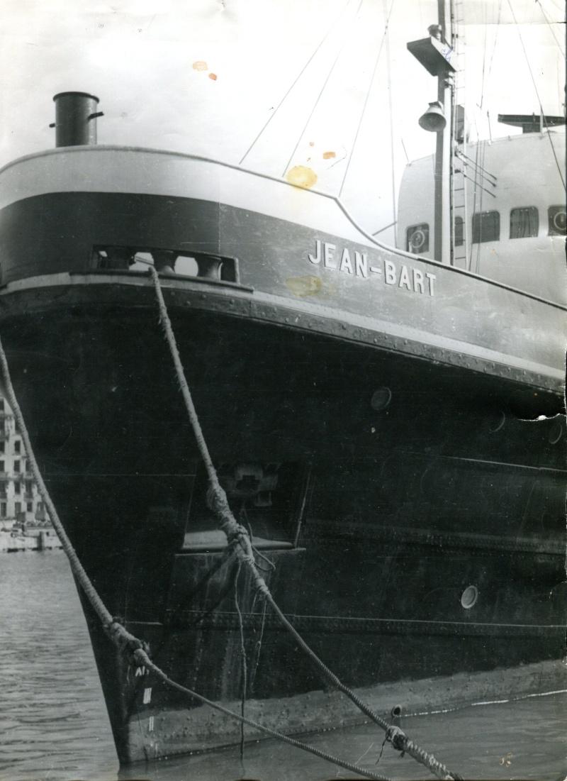 Le Jean Bart et son équipage sous pavillon de la SRSN, Heller 1:200 P_110