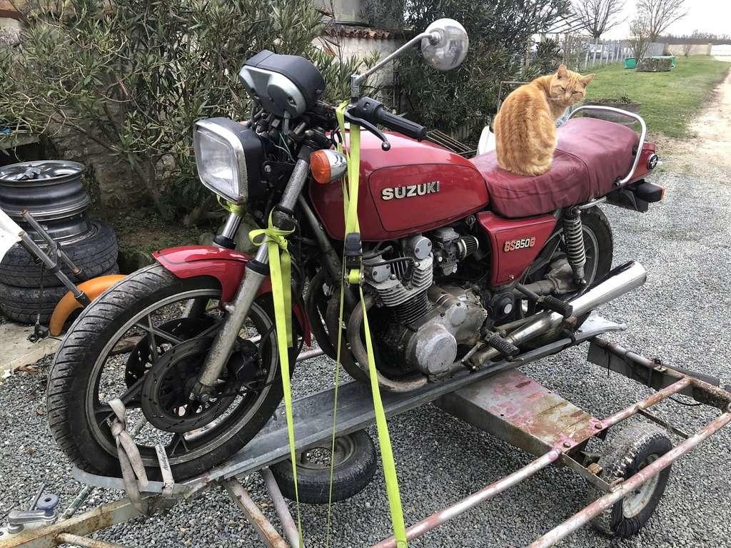 Le GS850G de Gasoline! projet café-racer Img_0511