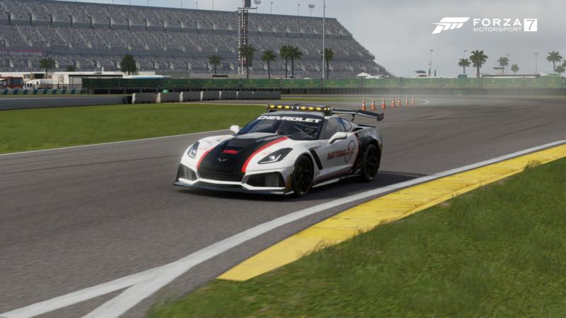 TEC R1 24 Hours of Daytona - Driver's Briefing and Track Limits Tec_da10