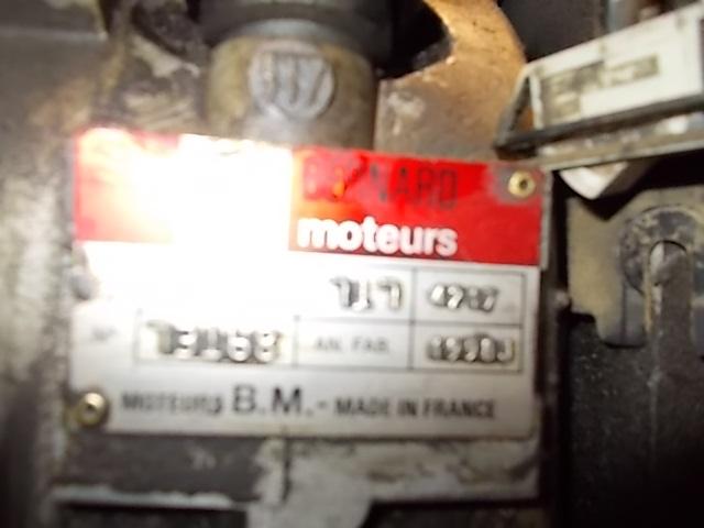 moteur bernard 717 embrayage et cloche d'embrayage  Dscn0310