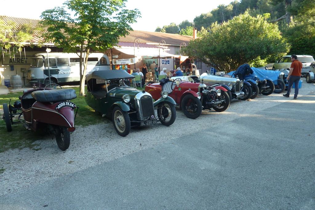 Randonnée ATF en Provence P1130715