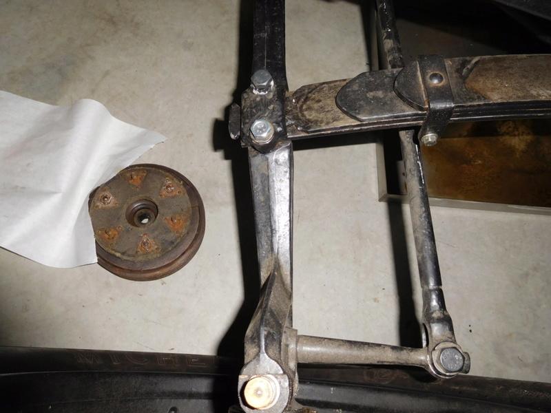 cale fibre entre chassis et ressorts - Page 5 Dscn0510