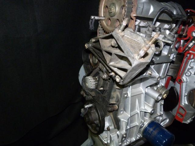 TUTO , remplacement kit distribution et pompe a eau 205 GTI 17152510