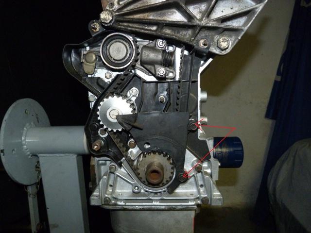 TUTO , remplacement kit distribution et pompe a eau 205 GTI 19153510