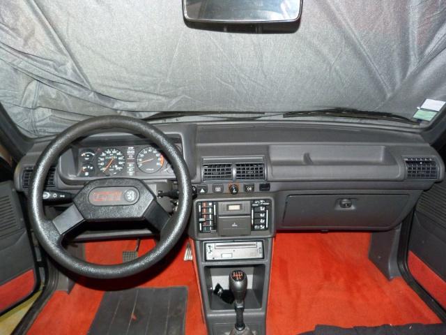 Identification des modéles 205 GTI : Tableau de Bord 25974510