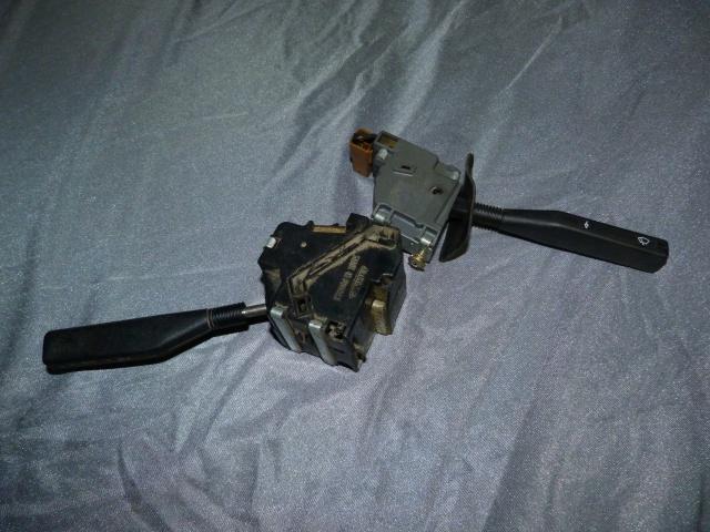 Identification des modéles 205 GTI : Tableau de Bord 27295010