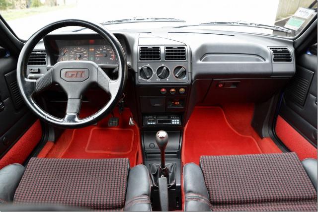 Identification des modéles 205 GTI : Tableau de Bord 36563110