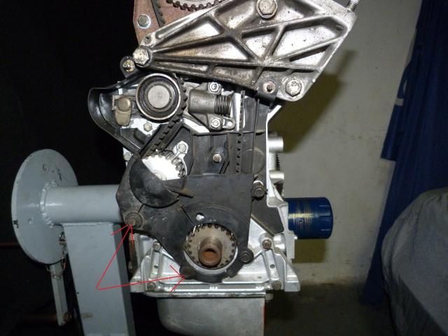 TUTO , remplacement kit distribution et pompe a eau 205 GTI 40912210