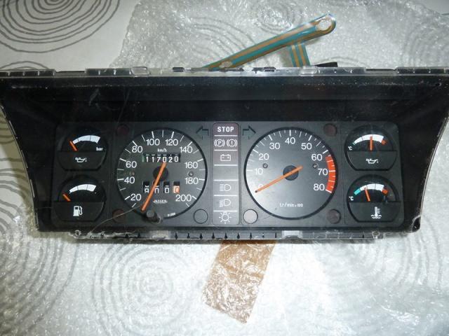 Identification des modéles 205 GTI : Tableau de Bord 49275410