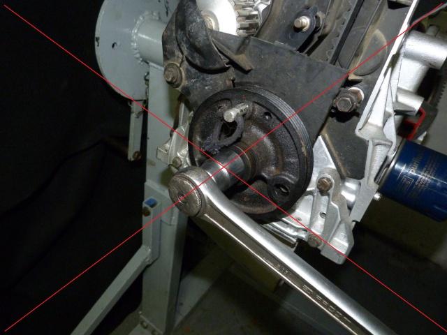 TUTO , remplacement kit distribution et pompe a eau 205 GTI 57055511