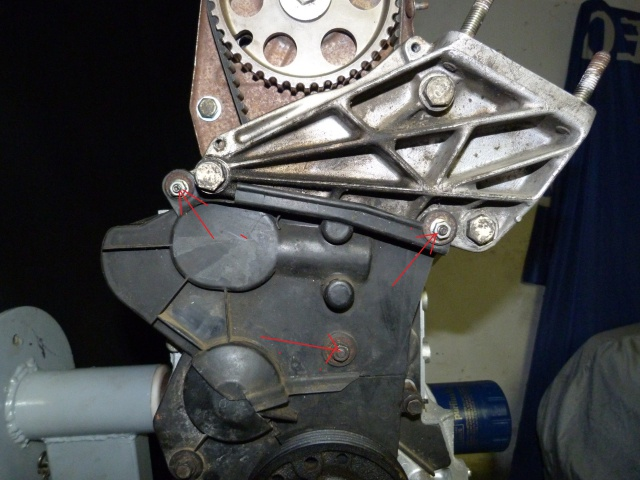 TUTO , remplacement kit distribution et pompe a eau 205 GTI 60309710