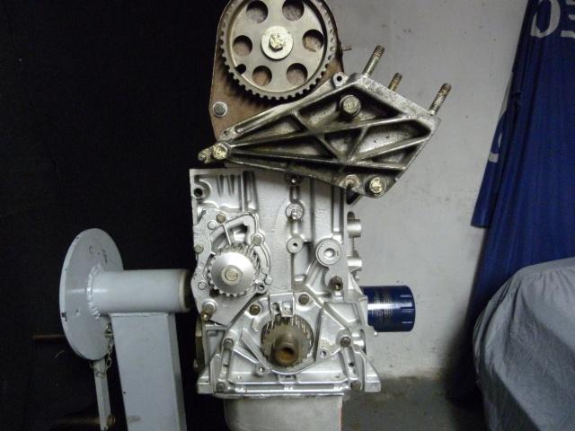 TUTO , remplacement kit distribution et pompe a eau 205 GTI 86642210