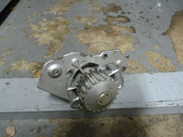 TUTO , remplacement kit distribution et pompe a eau 205 GTI 96592910
