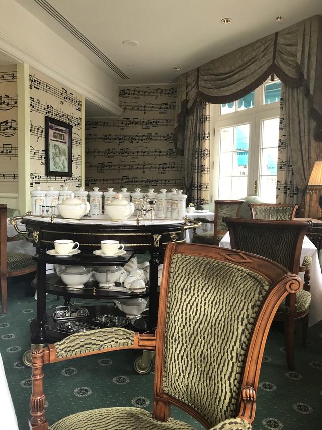 Victorian tea time Image15