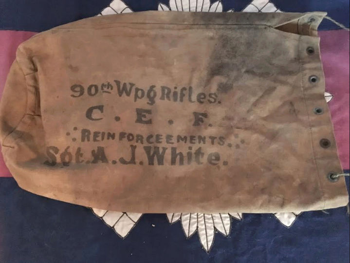 Canadian WWI 90th Winnipeg Rifles CEF Duffle Bag, opinions? 90thdu11