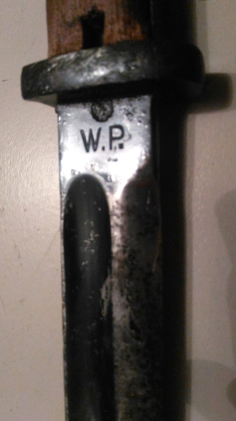 porte fourreau à identifier par rapport à une baio polonaise mod 24 P_201814