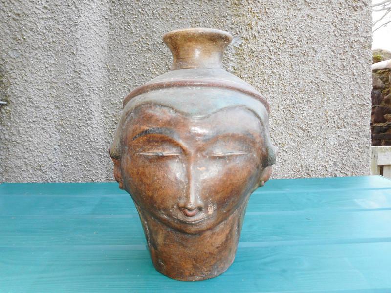Middle Easten ? pottery vase I need help identifying 0111