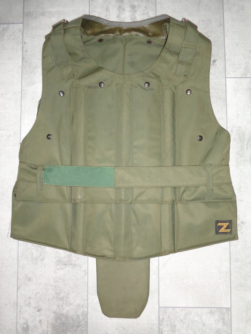 Steel plated body armor, Zunblindage, ABL 1975 marked Dsc04113