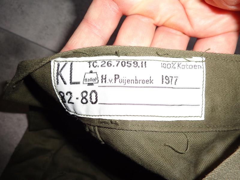 """Dutch shortlived 70's uniforms, """"M75"""" and M76 Dsc04514"""