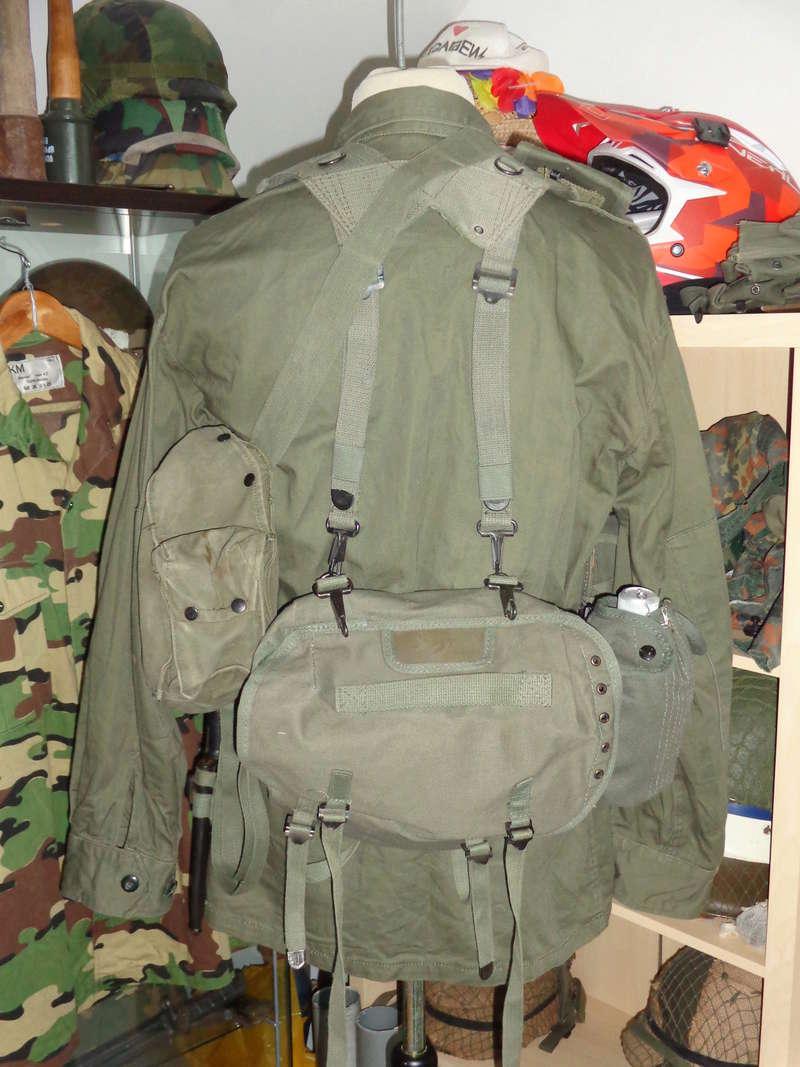Greek Army webbing Dsc04716