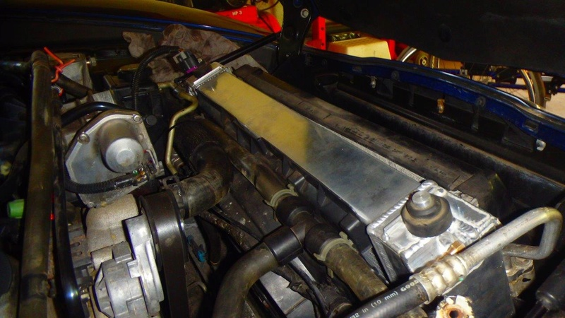 Pose d'un radiateur tout alu GPI Racing 64mm  P4190010