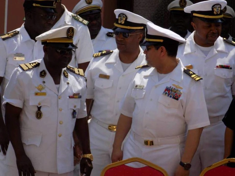 Forces Armées Camerounaises - Page 6 A1857010