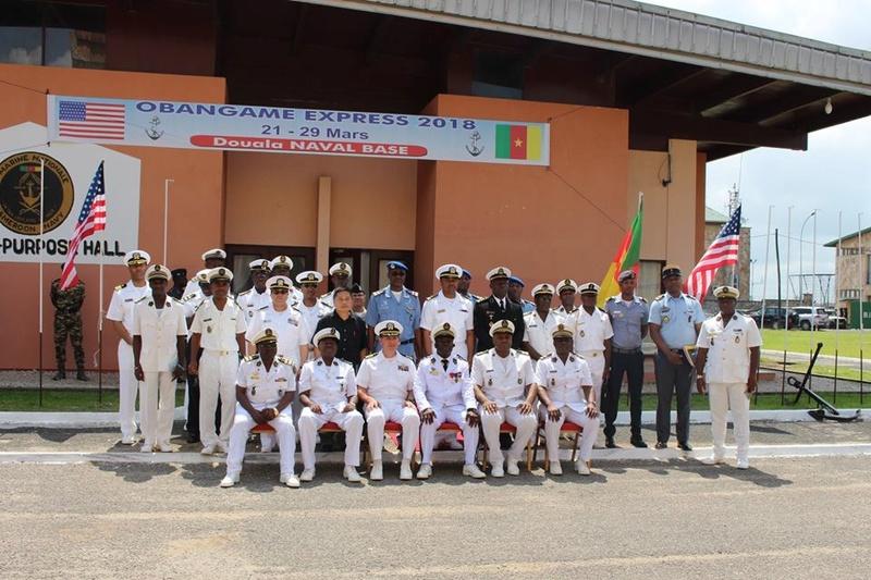 Forces Armées Camerounaises - Page 6 A1857110