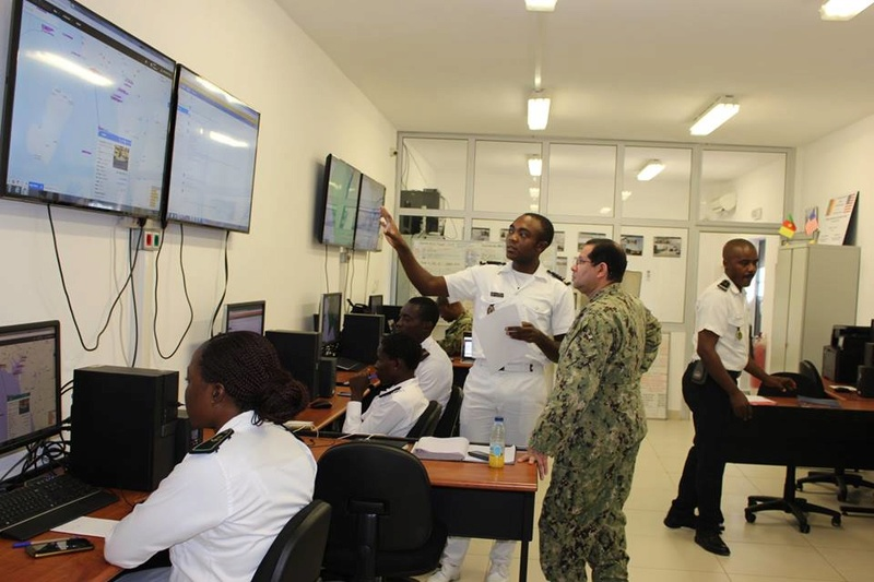 Forces Armées Camerounaises - Page 6 A1857410