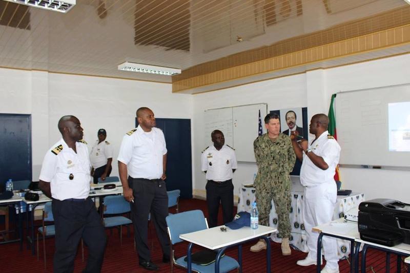 Forces Armées Camerounaises - Page 6 A1858010