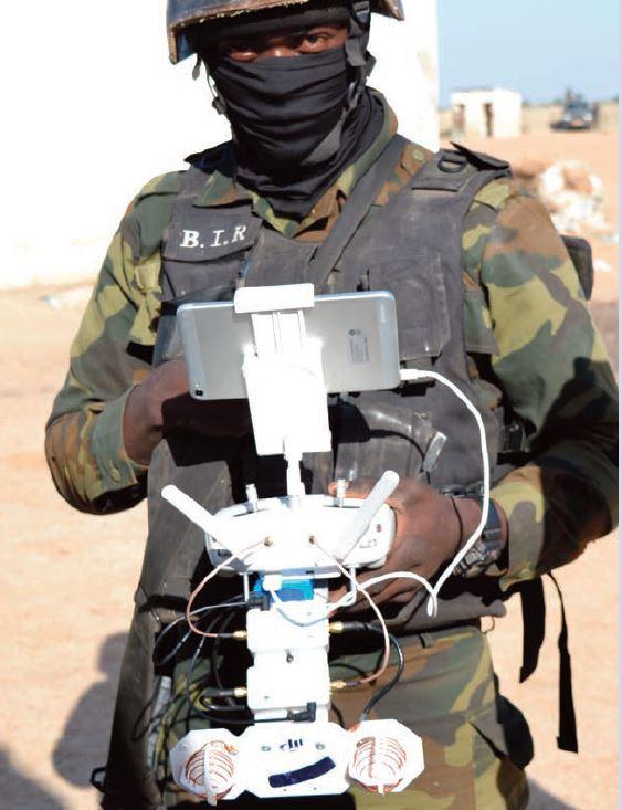Forces Armées Camerounaises - Page 6 A1937010