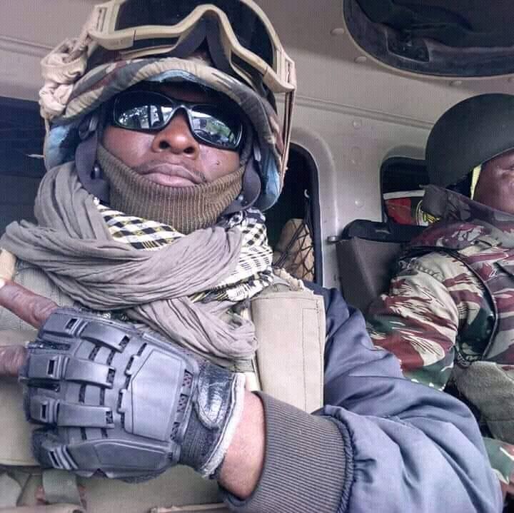 Forces Armées Camerounaises - Page 7 A2192610