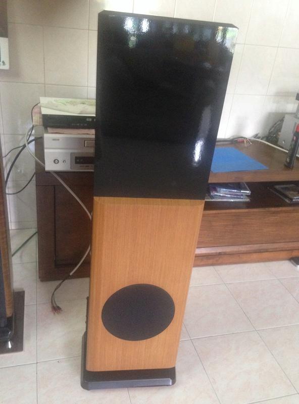 POLK audio LSI 15 tower speakers + LSIC  center speaker  Img_3117