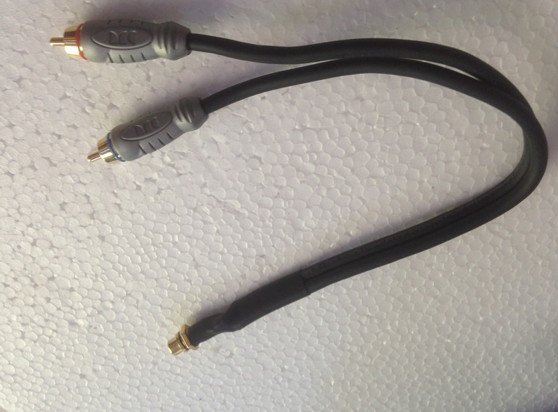 SUBWOOFER stereo Y cable monster brand THX certified.(NEW) Img_3823