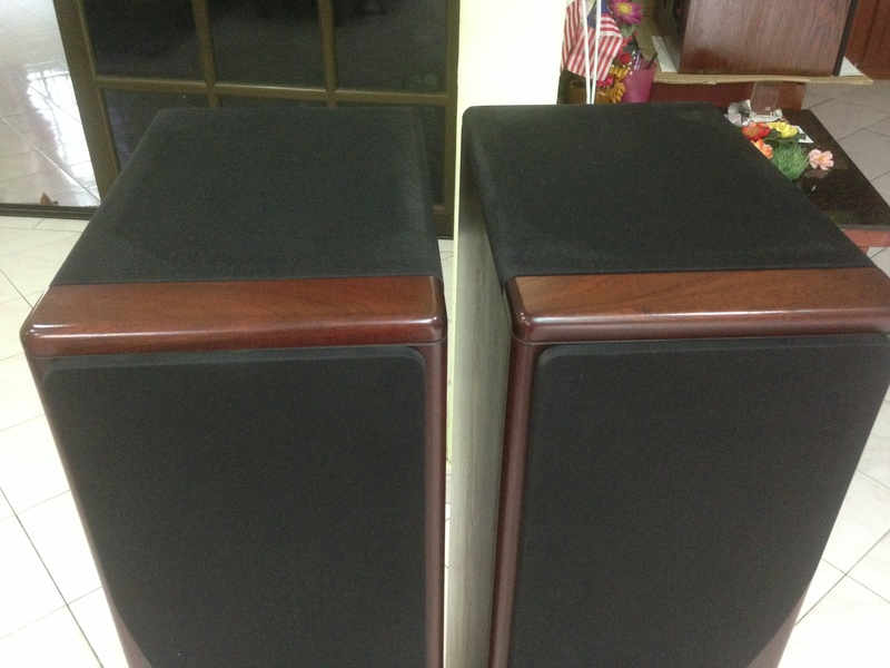 """CASTLE HOWARD(""""Special Finish"""" edition) hi end speakers Img_4024"""