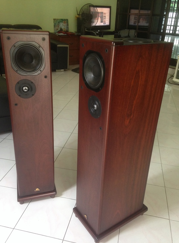 """CASTLE HOWARD(""""Special Finish"""" edition) hi end speakers Img_4117"""