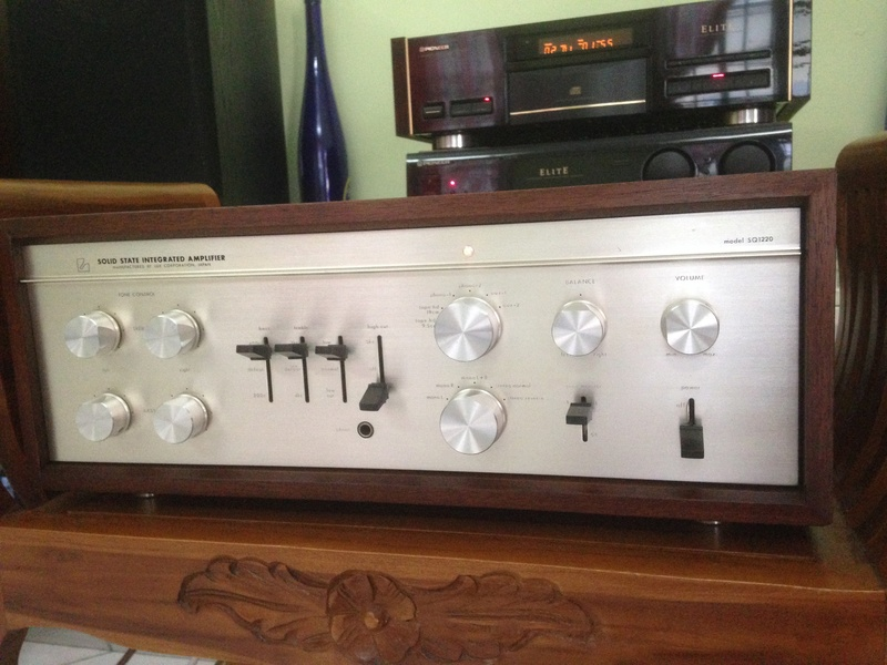 LUXMAN SQ-1220 int amp(SOLD) Img_5310