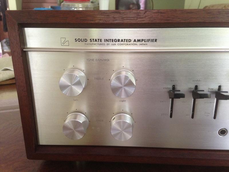 LUXMAN SQ-1220 int amp(SOLD) Img_5313