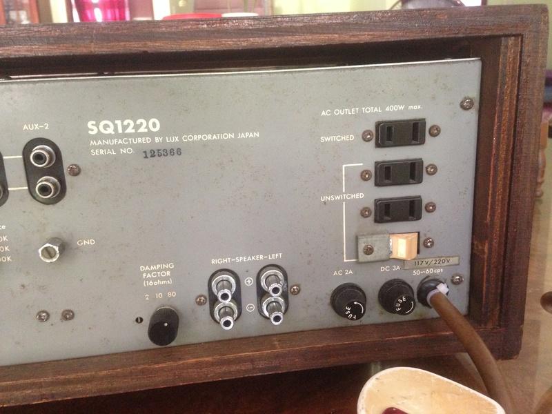 LUXMAN SQ-1220 int amp(SOLD) Img_5319